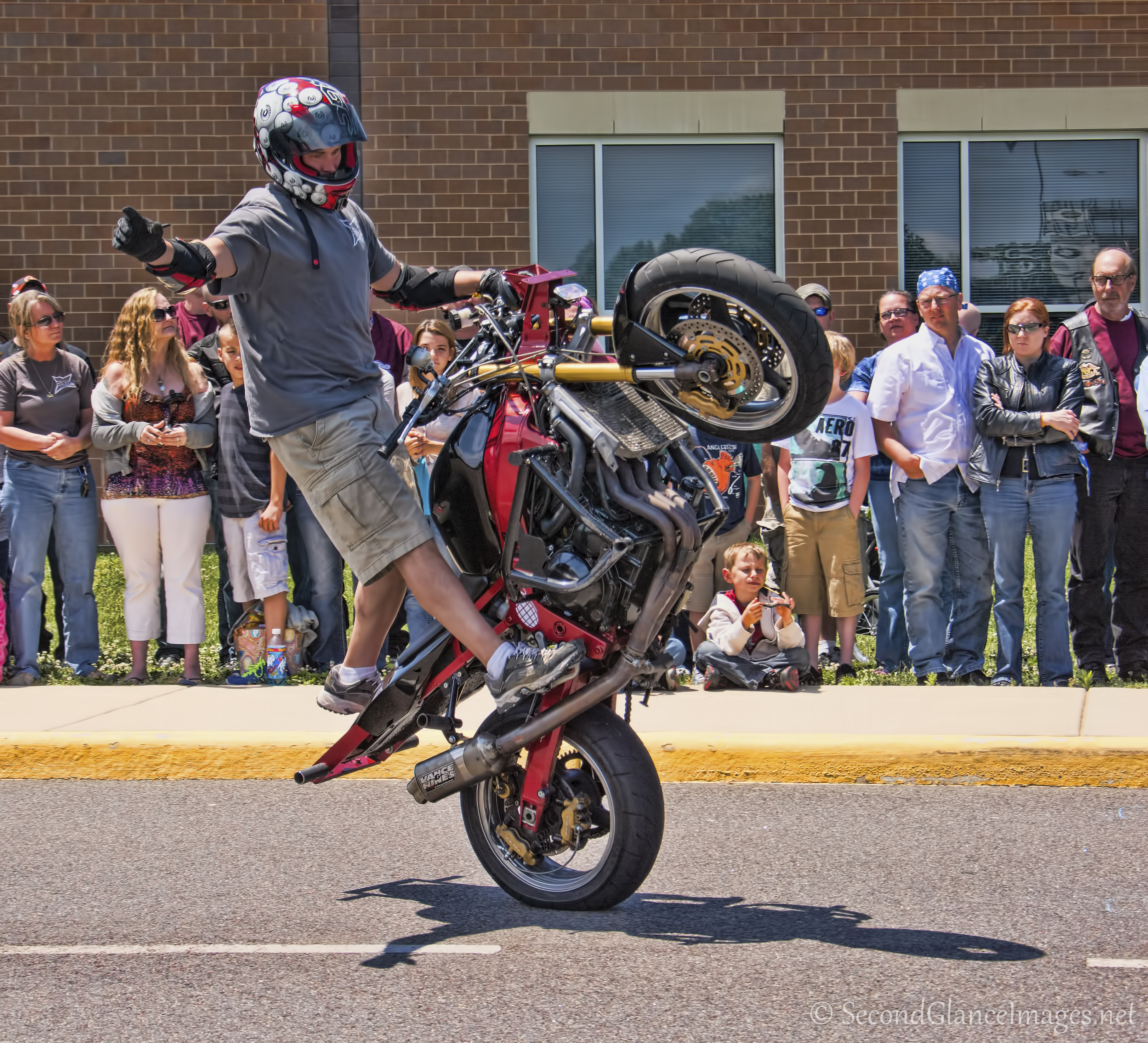 Another of the stunt riders ...