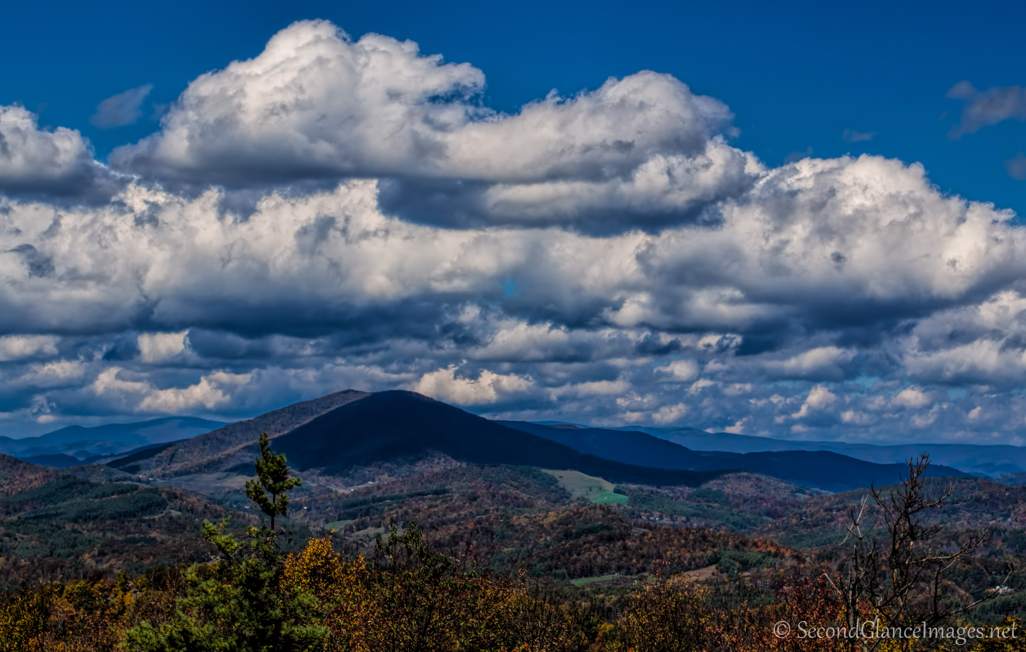Clouds over Mount Jefferson ...